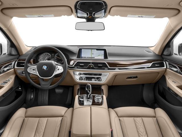 מפוארת 2017 BMW 7 Series 740i xDrive St. Charles IL | Schaumburg St VQ-81